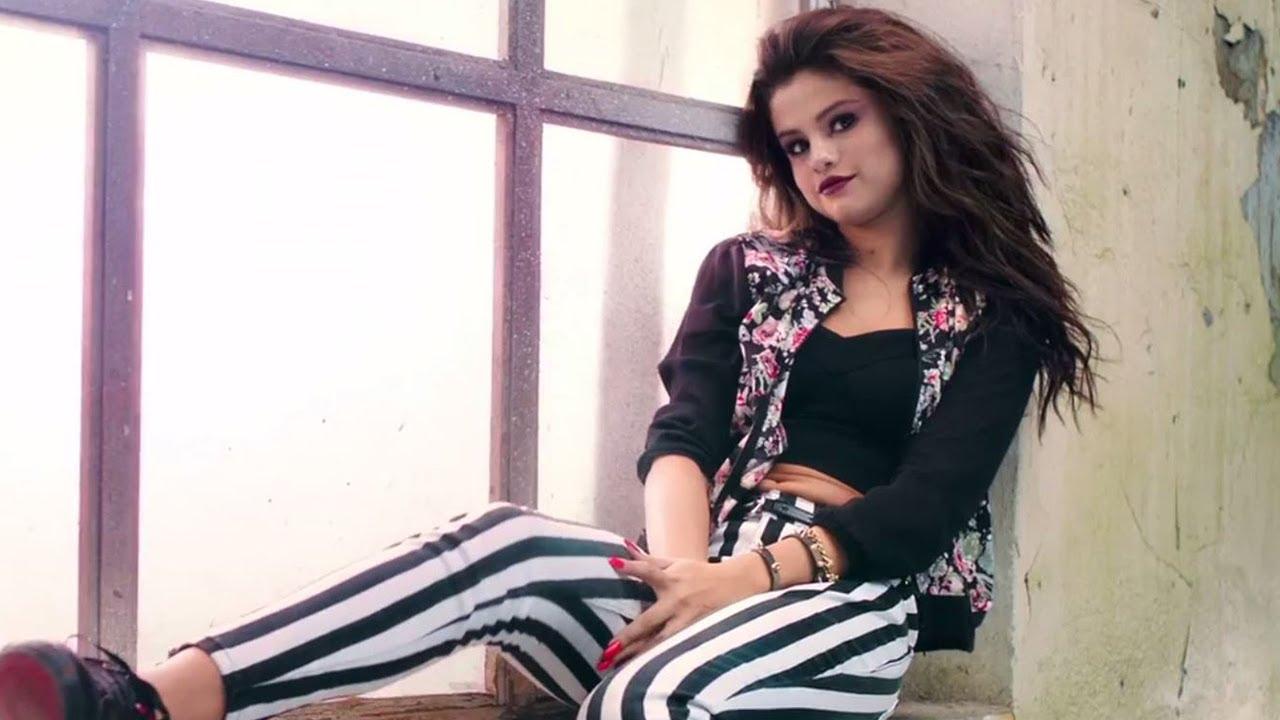 New Attitude Girl Wallpaper Selena Gomez Quot Rock Glam Quot In New Neo Adidas Campaign Video