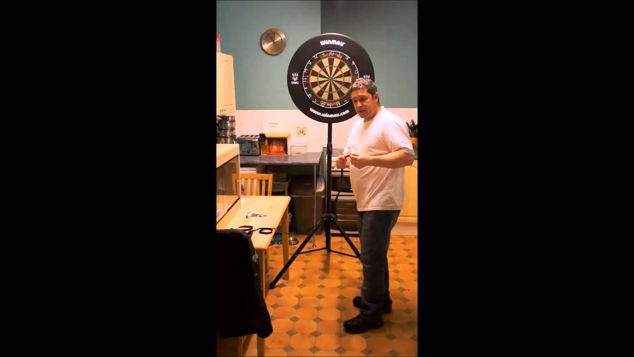 The DartsBuddy popup portable Dartboard stand with FREE Oche mate ...