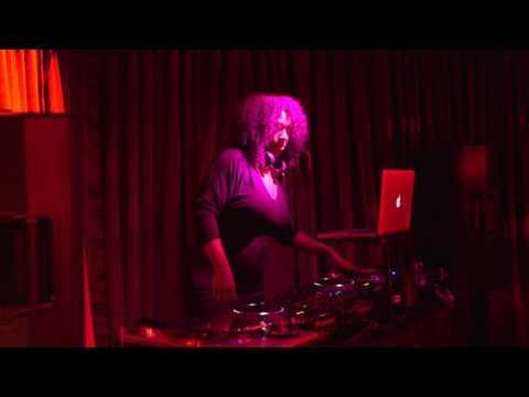 Fania Presents: Armada Fania DJ Sets - Nina Azucar