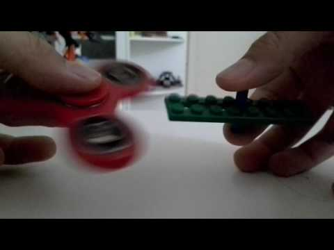 How to build a LEGO Fidget Spinner with just 2 pieces!
