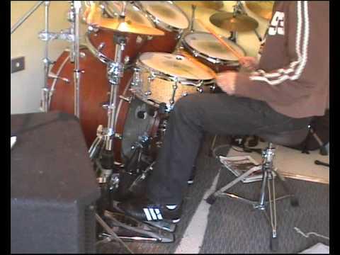 Kick kick with the drum lick