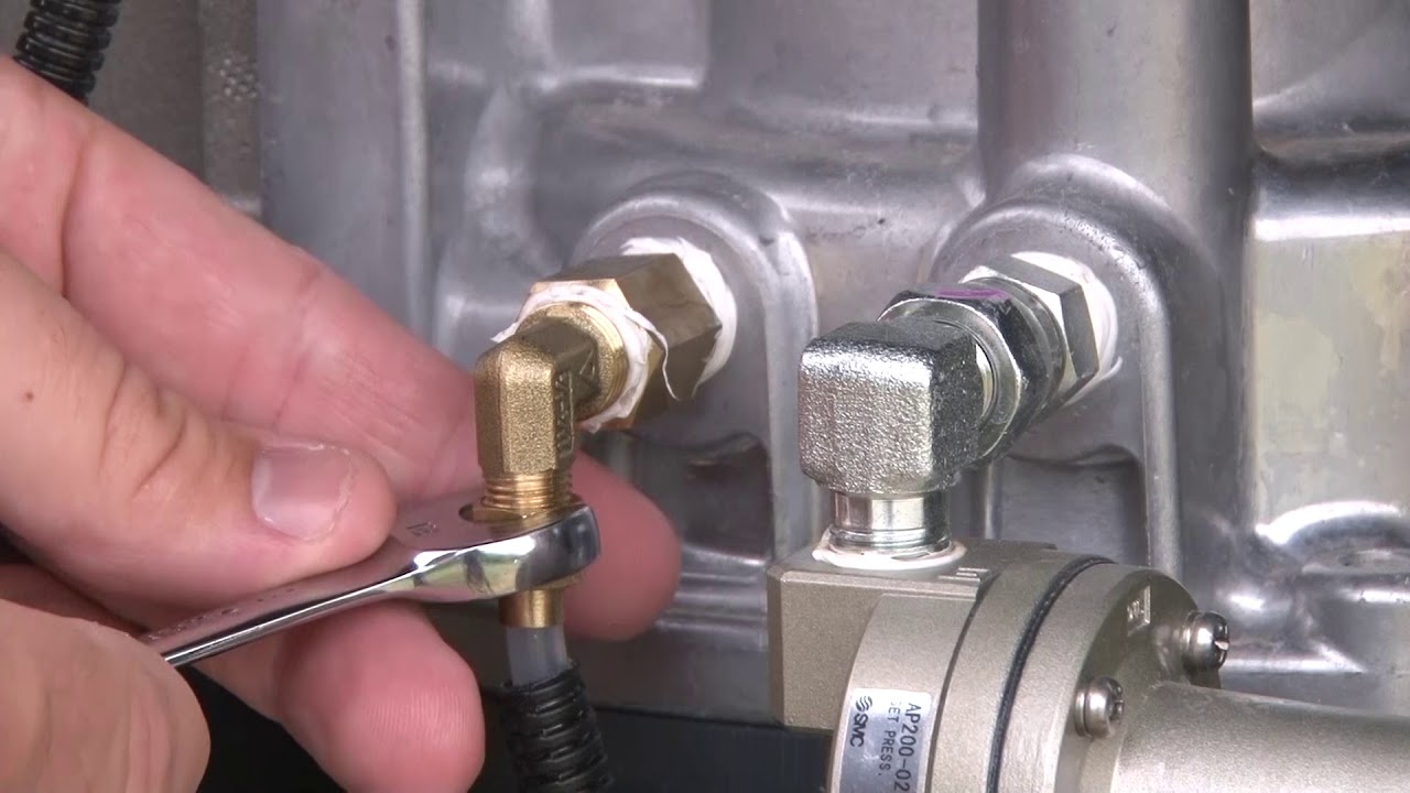 How to Clean and Replace a Compressor Air/Oil Separator