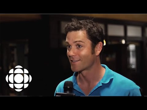 Fans Visit The Set Of Murdoch Mysteries With Yannick Bisson   CBC Connects