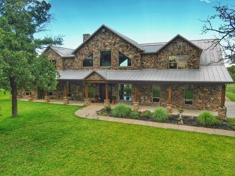 30 Acre Texas Estate Home For Sale - Montage County - $975,000