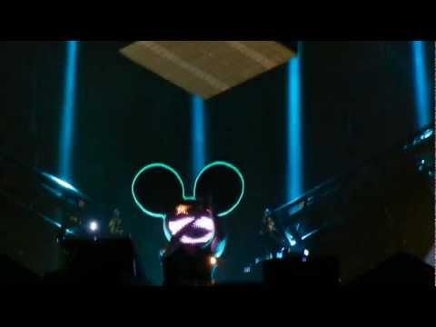 Deadmau5s singing head 1080p HD