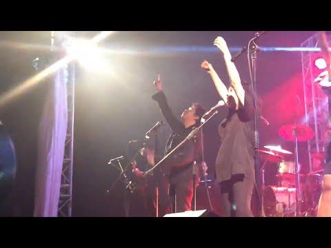 Hindia & Lomba Sihir - Secukupnya Live at Perayaan Bayangan 04/12/2019