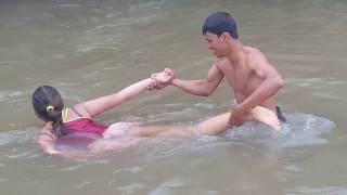 कंबोडिया में अद्भुत मछली पकड़ने वाले लोग मछली पकड़ने