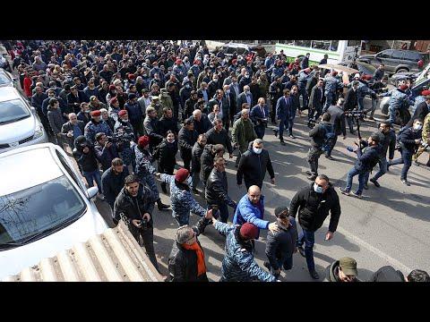 Кризис в Армении. Пашинян встретился с высшим командным составом Вооруженных сил