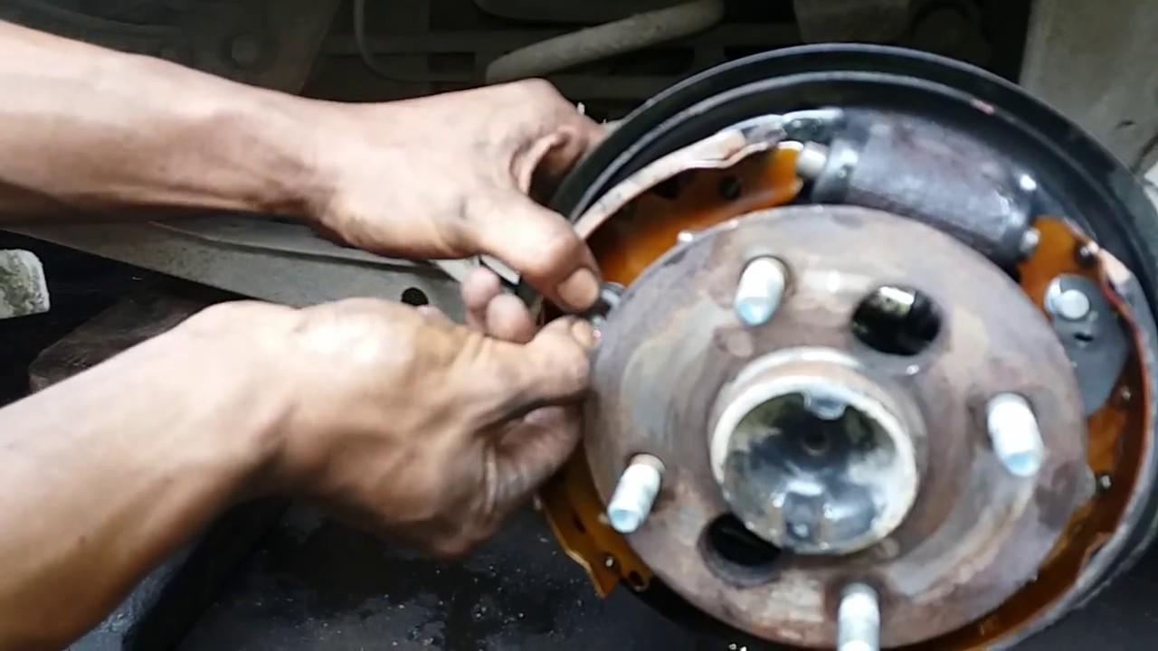 Cara Mengganti Karet Rem Kampas Dan Trik Bongkar Tromol Mobil Suzuki