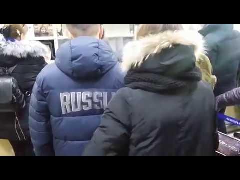 """Неделю не могут улететь с Сахалина десятки пассажиров """"Авроры"""""""
