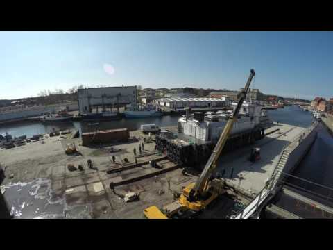 USTKA  EURO INDUSTRY - Launching of vessel using floating dock