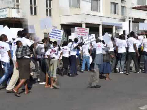 Government of Zimbabwe lacks will to FIGHT CORRUPTION2