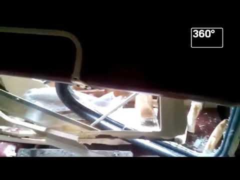 Пассажиры сняли видео из вагона, на который пришелся удар грузовика в Югре