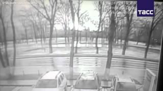 Первое видео крушения самолета в Ростове-на-Дону, предположительно, Boeing 737-800