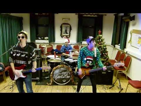 Elton John - Step Into Christmas (Rite On Cue - Rock Version)