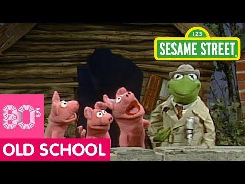 Sesame Street: The New 3 Little Pigs Story | Kermit News