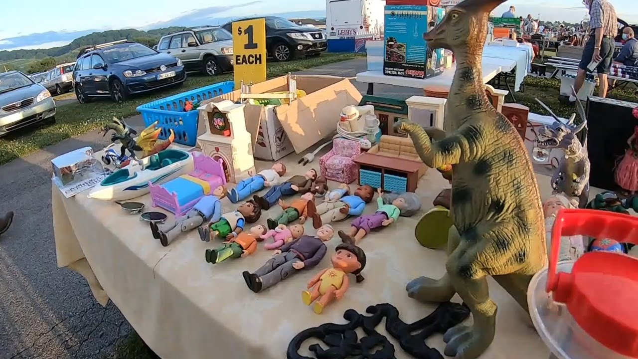 You don't want to miss out on these flea market deals...