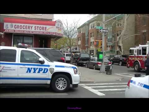 Kings(Brooklyn) New York, Worker stuck in trench
