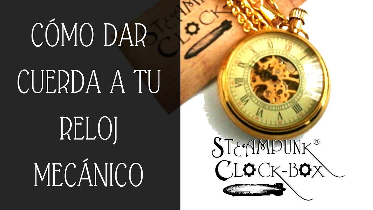 f372ce358b34 Dar cuerda   cambiar la hora a Reloj de bolsillo - YouTube