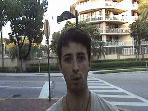 Reportando Desde Coconut Grove,Miami Fl