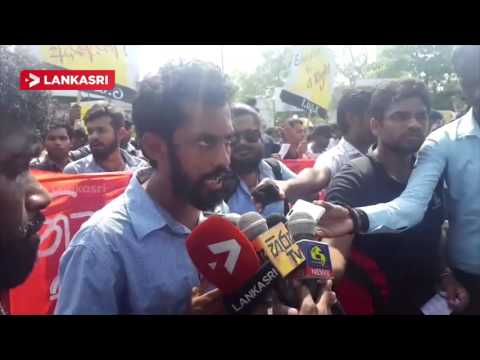 University students Protest in Colombo Fort