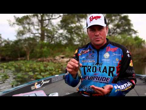 Bass Fishing: How to Pick the Right Weight Size for Worms and other Soft Plastics with Scott Martin