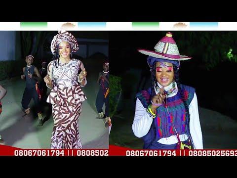 Oyoyo Baba - Sabuwar Wakar Baba Buhari Ta Lashe Zabe - Daga Mawakiya Samira Uba Ahmed (VOBA) thumbnail