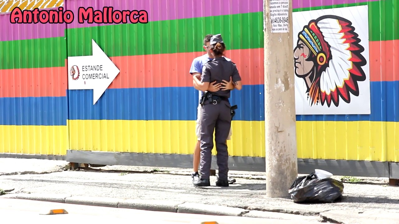 Download KISSING PRANK | COPS EDITION | BRAZIL