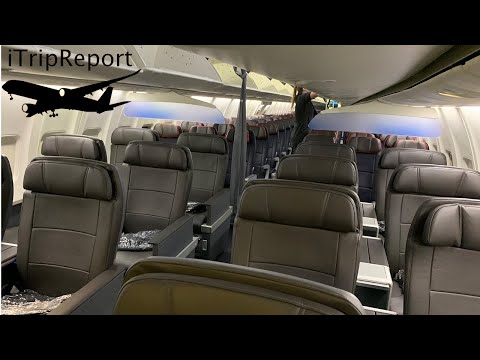 American 737 OASIS  First Class Review