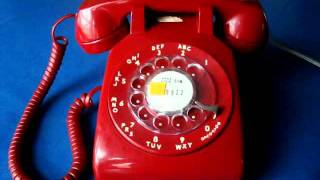 Using A Vintage Rotary Dial Telephone (Western Electric Model 500 Phone)