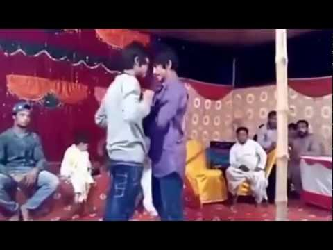 beautiful Dance on hindi old song - Tere pyar mein