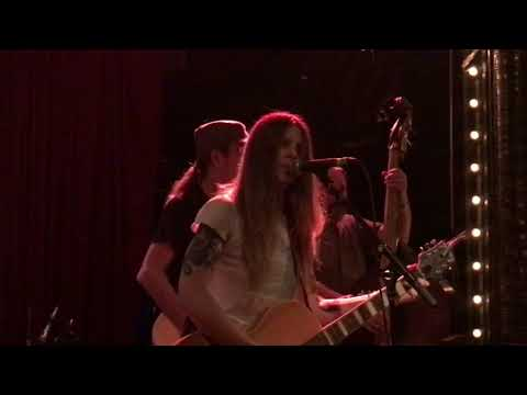 "Sarah Shook and the Disarmers ""Damned If you Do"""