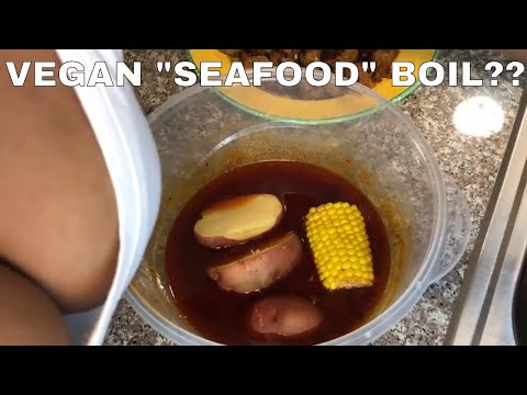 """COOK WITH ME: Vegan """"SEAFOOD"""" Boil w/Ms. Blove's Smackalicious Sauce"""