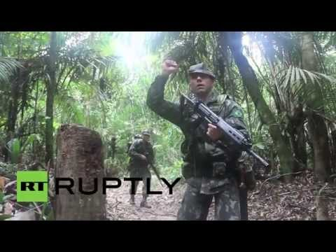 Brazil: CIGS soldiers jump from helicopters into the Amazon rainforest