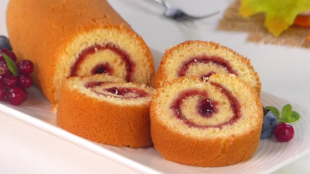 10 minutes Swiss Roll Cake without Oven | Basic swiss Jam roll cake recipe in frypan by Tiffin Box