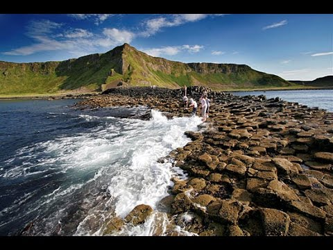 Giants Causeway, Belfast & Carrick A Rede Rope Bridge 1 Day Tour