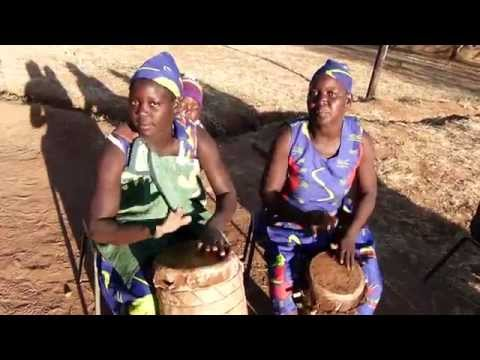 drumming, by Tonga women