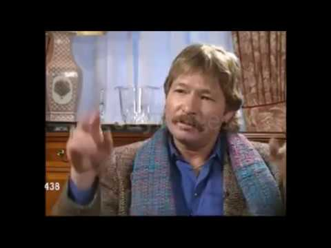 John Denver / Short interview clip from London [January 1, 1994]