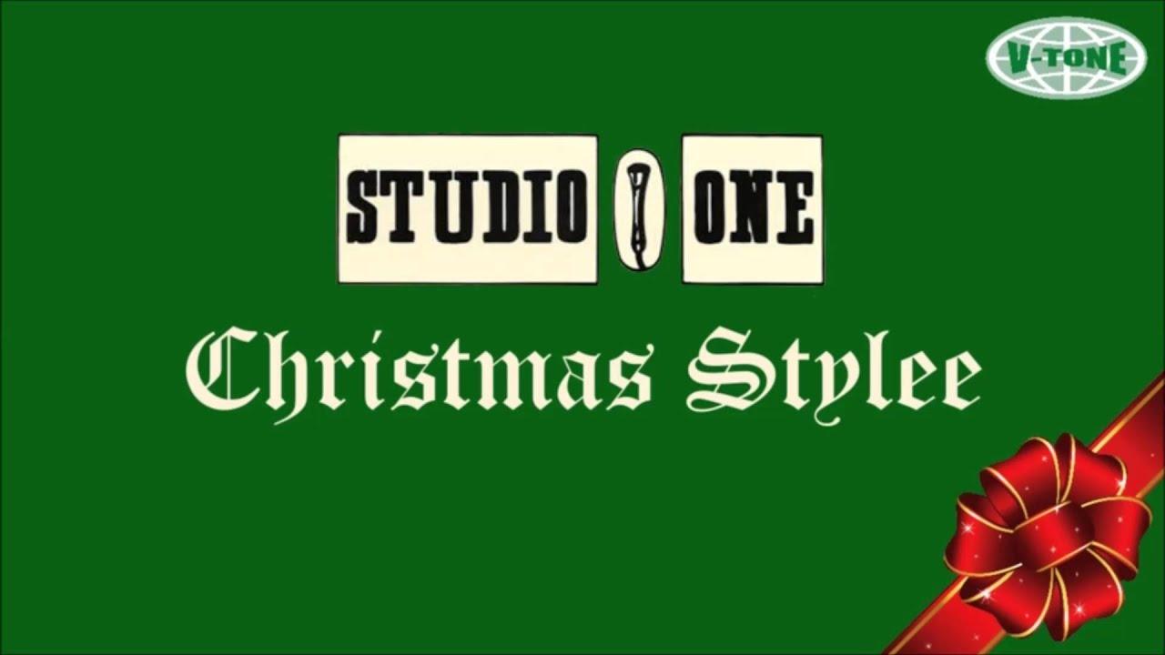 Studio One Christmas Stylee - YouTube
