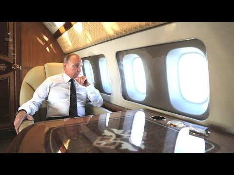 BOSS LIFE: Putin Lands Without a Seat Belt While Escorting Su-30SMs!