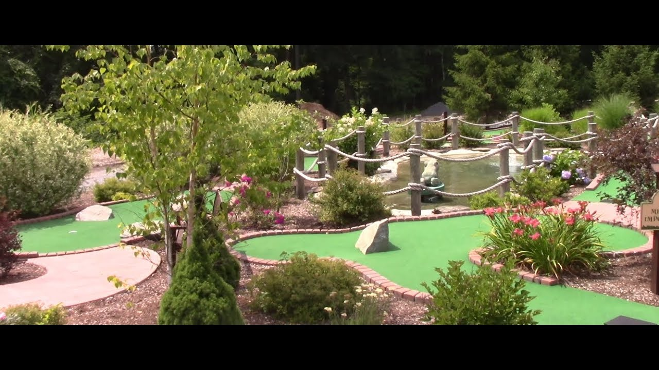 World Class Mini Golf