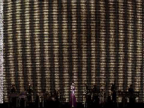 Utada Hikaru - Kremlin Dusk [Live Performance]