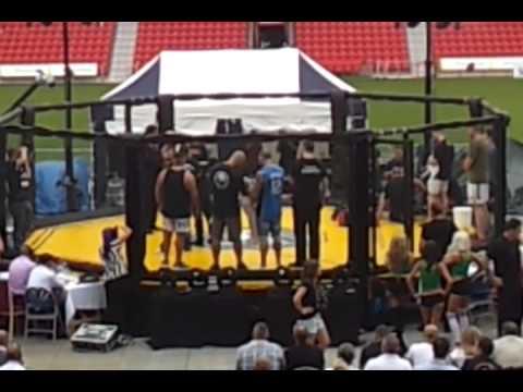 UCFC LEGENDS OF MMA IAN FREEMAN VS RICO RODRIGUEZ
