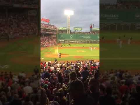 Red Sox Nation pays tribute to Tom Petty...Don't Back Down