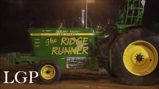 Hot Farm Tractors at Jackson, TN (6/11/16)