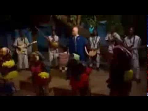 Madan by Salif Keita Official Music Video