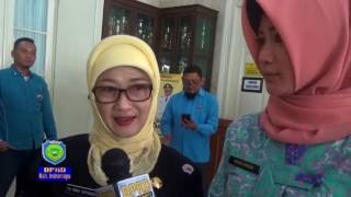 Ketua DPRD Indramayu Menerima Adipura