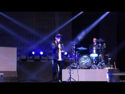 Panic! At The Disco Sound Check - Casual Affair