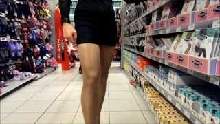 Repeat youtube video Crossdresser im Einkaufscenter - Crossdresser in the supermarket