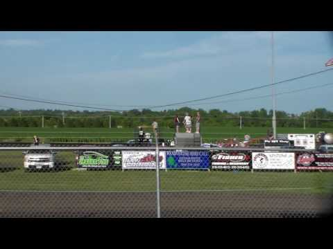 Modified Heat 4 @ Benton County Speedway 07/02/17